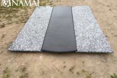 Grave covering KD022