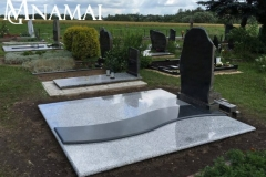 Grave covering KD028